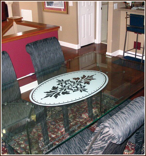 Glass table with Doral Frosted Oval